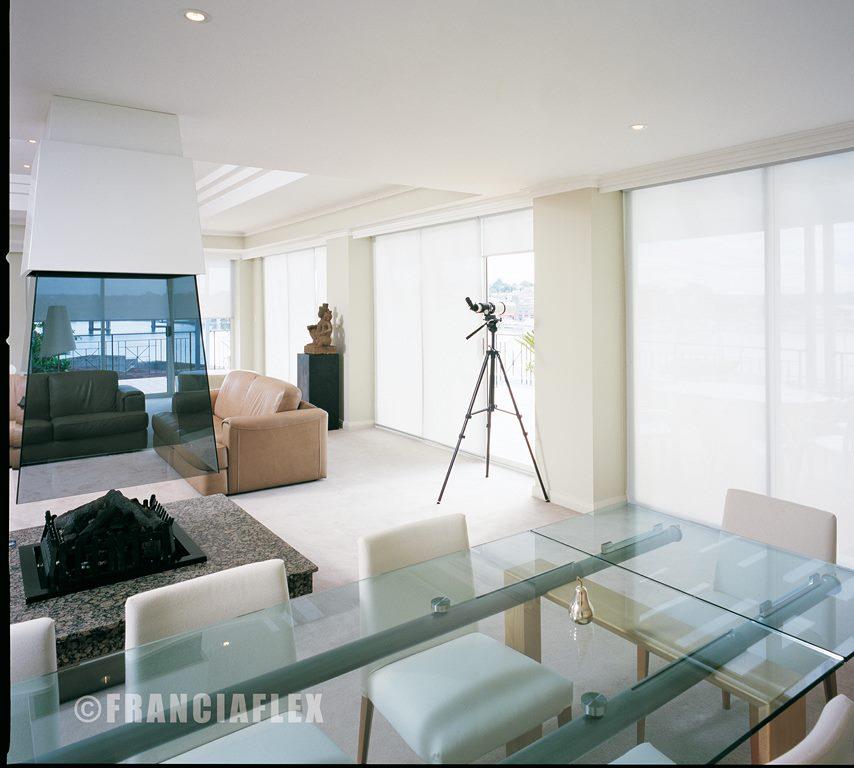 Store enroulement store interieur bordeaux for Interieur store