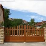 Portail CETAL 29 portail battant bordeaux 150x150 - Portail battant
