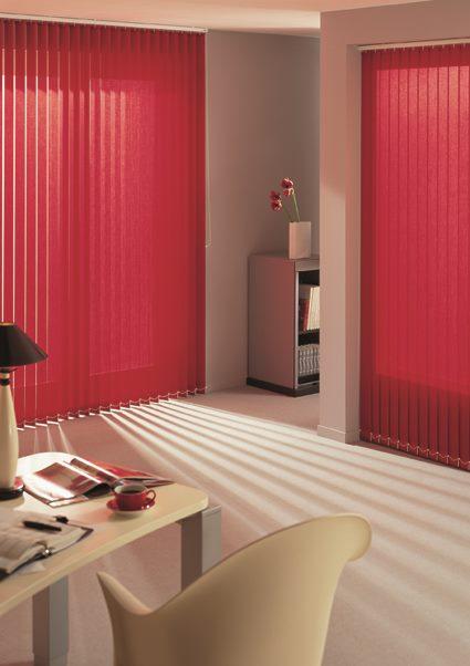 ambiance store bandes verticales bordeaux. Black Bedroom Furniture Sets. Home Design Ideas